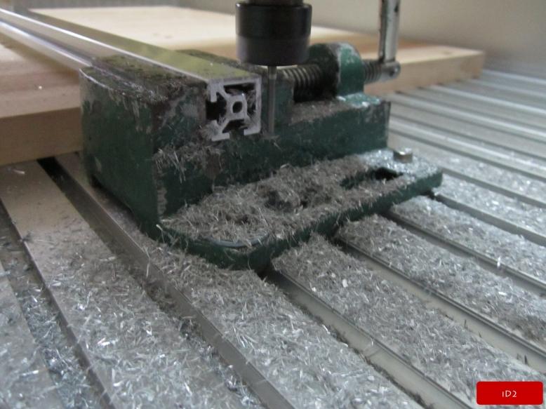 iD2-AluminumProfileCutting (2)